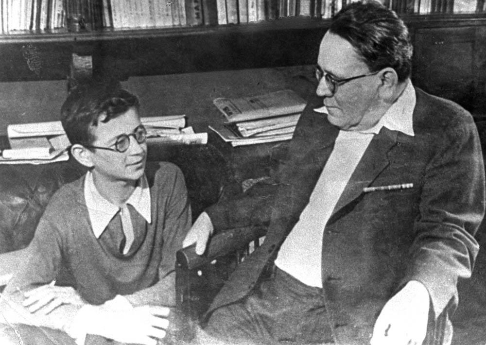 В. Берестов и С. Маршак. 1946