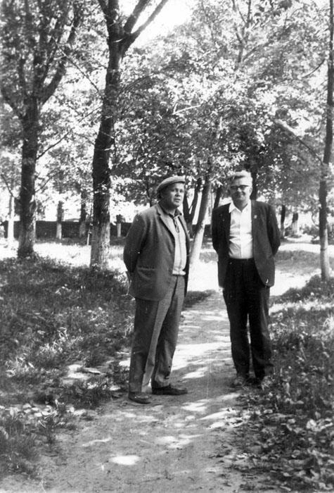 В. Берестов и Л. Токмаков