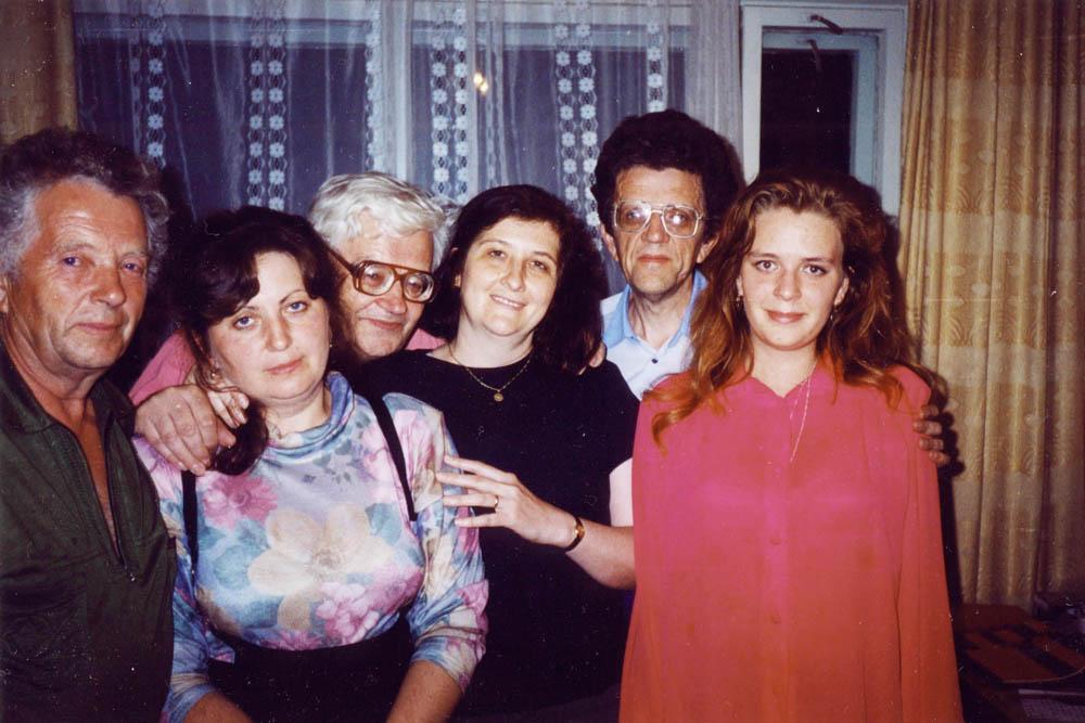 Братья Берестовы с дочерьми. 1996