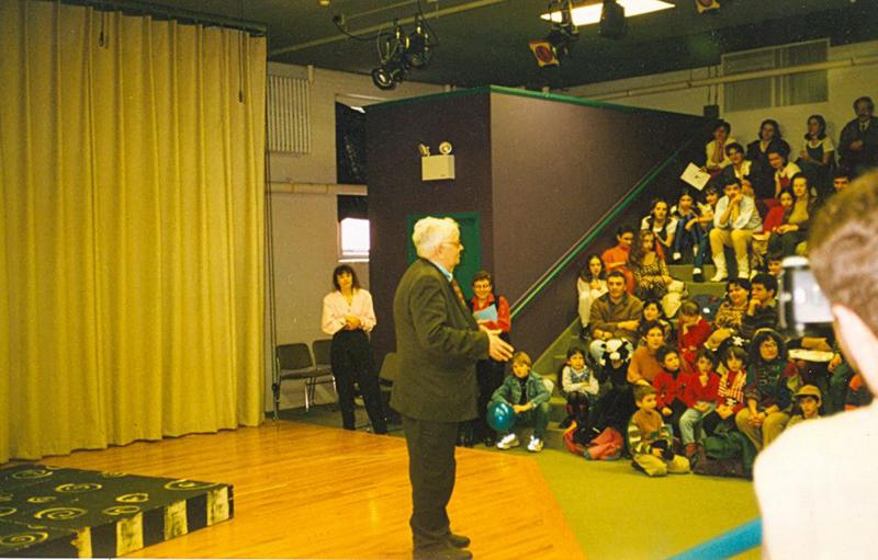 Бостон. Выступление перед русскоговорящими детьми. Март 1998