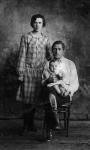 С родителями. 1928