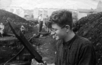 Археологические раскопки в Новгороде. 1948